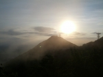 太陽と山1ダウンロード