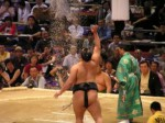 相撲1sumo-throwing-salt_2356380